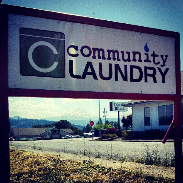 White Salmon Community Laundry Goes Solar!